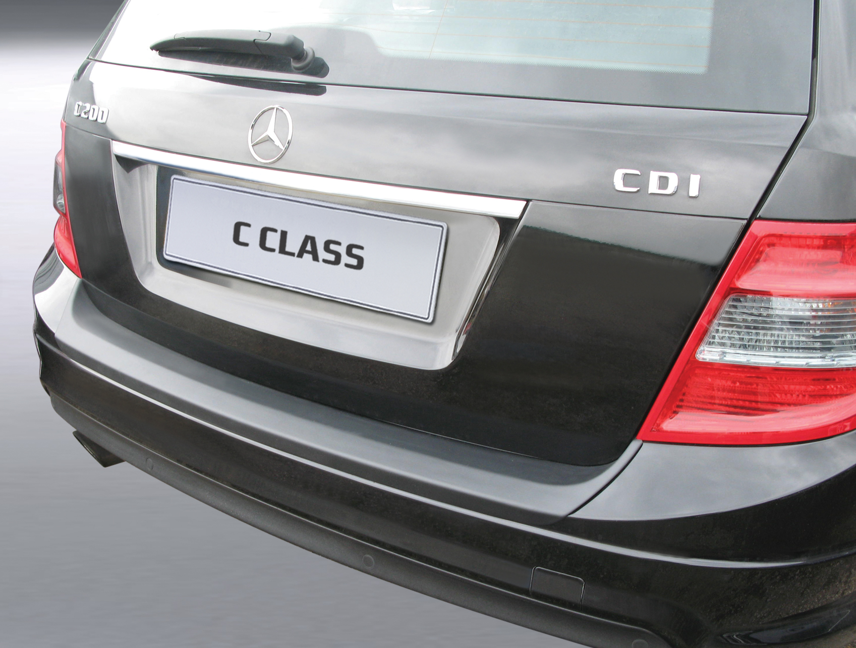 Takapuskurin kolhusuoja Mercedes C-sarja 07-11 AMG/SPORT