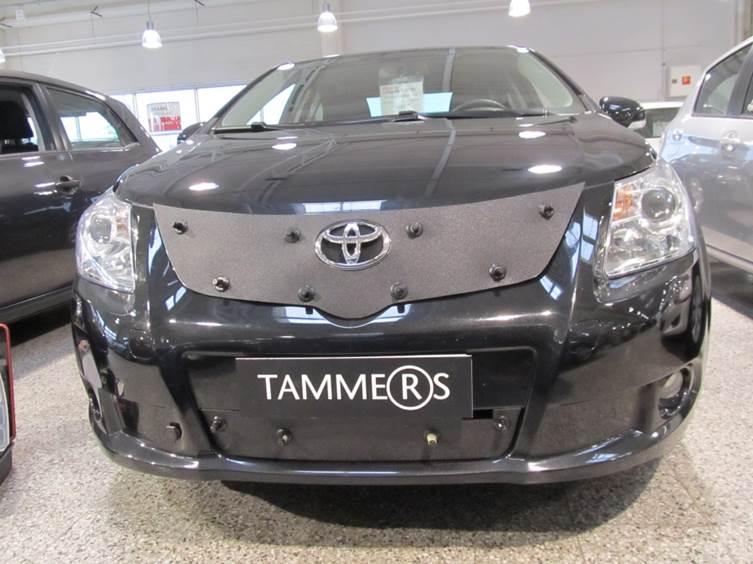 Maskisuoja Toyota Avensis 2009-2011