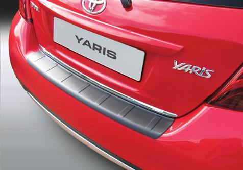 Takapuskurin kolhusuoja Toyota Yaris 9.2014->