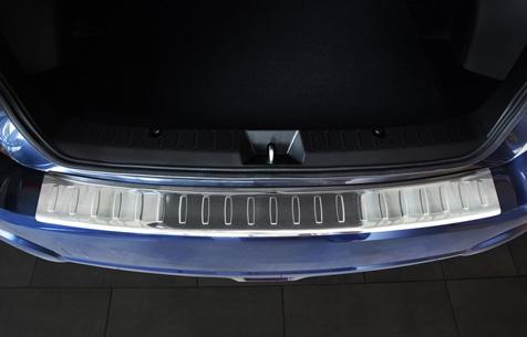 Takapuskurin kolhusuoja Subaru XV 2012-, Rosteri