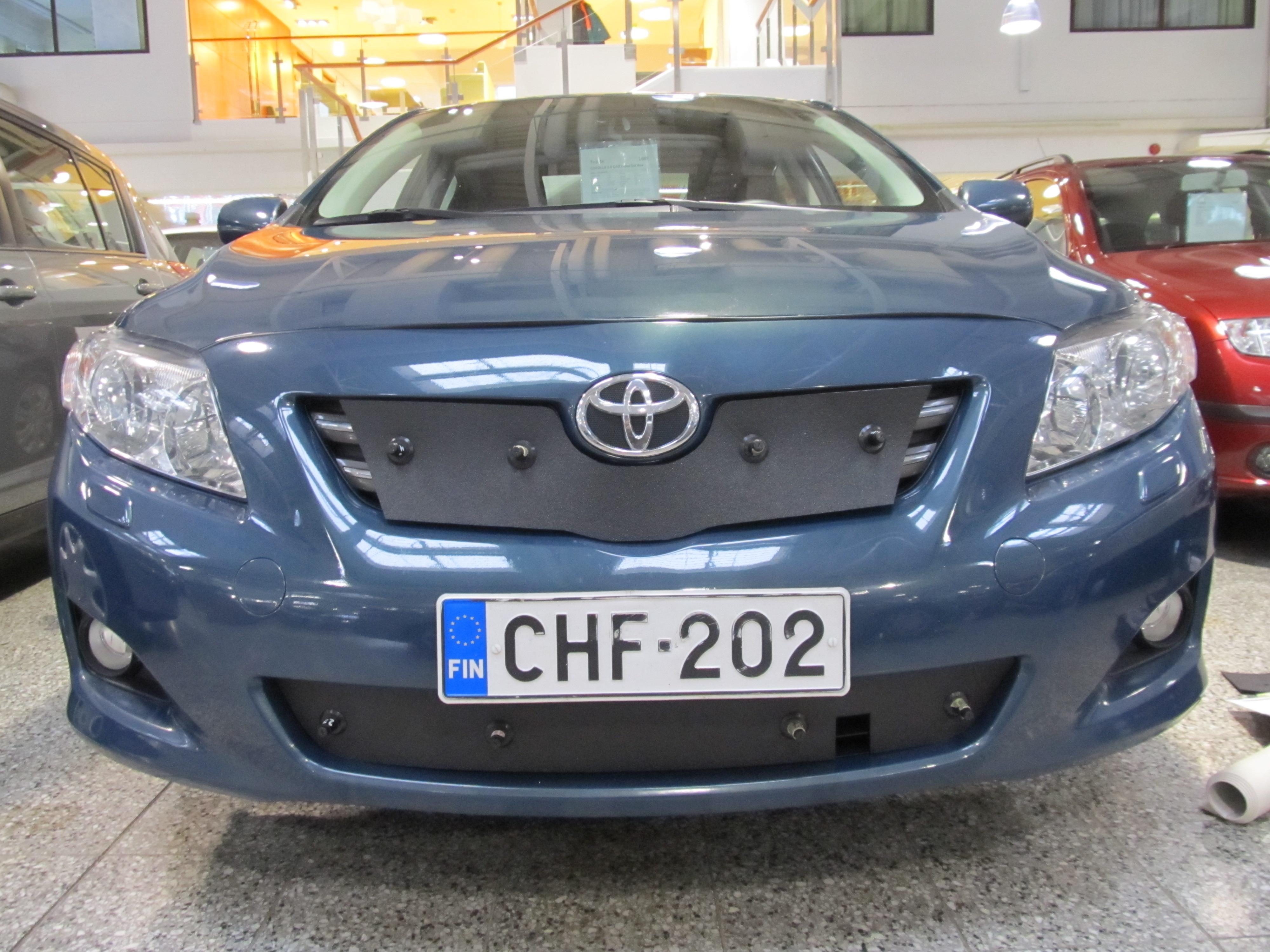 Maskisuoja Toyota Corolla 07-10