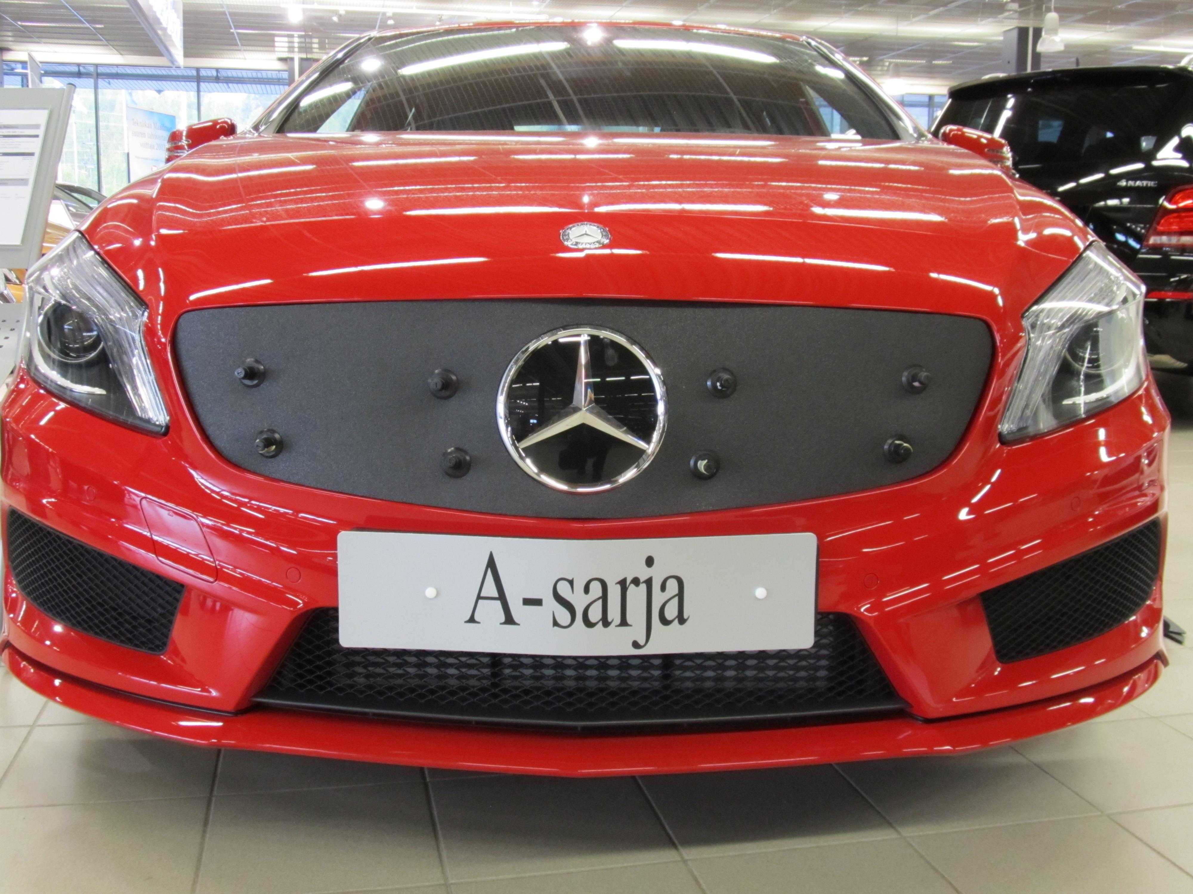 Maskisuoja Mercedes Benz A-sarja 2012-