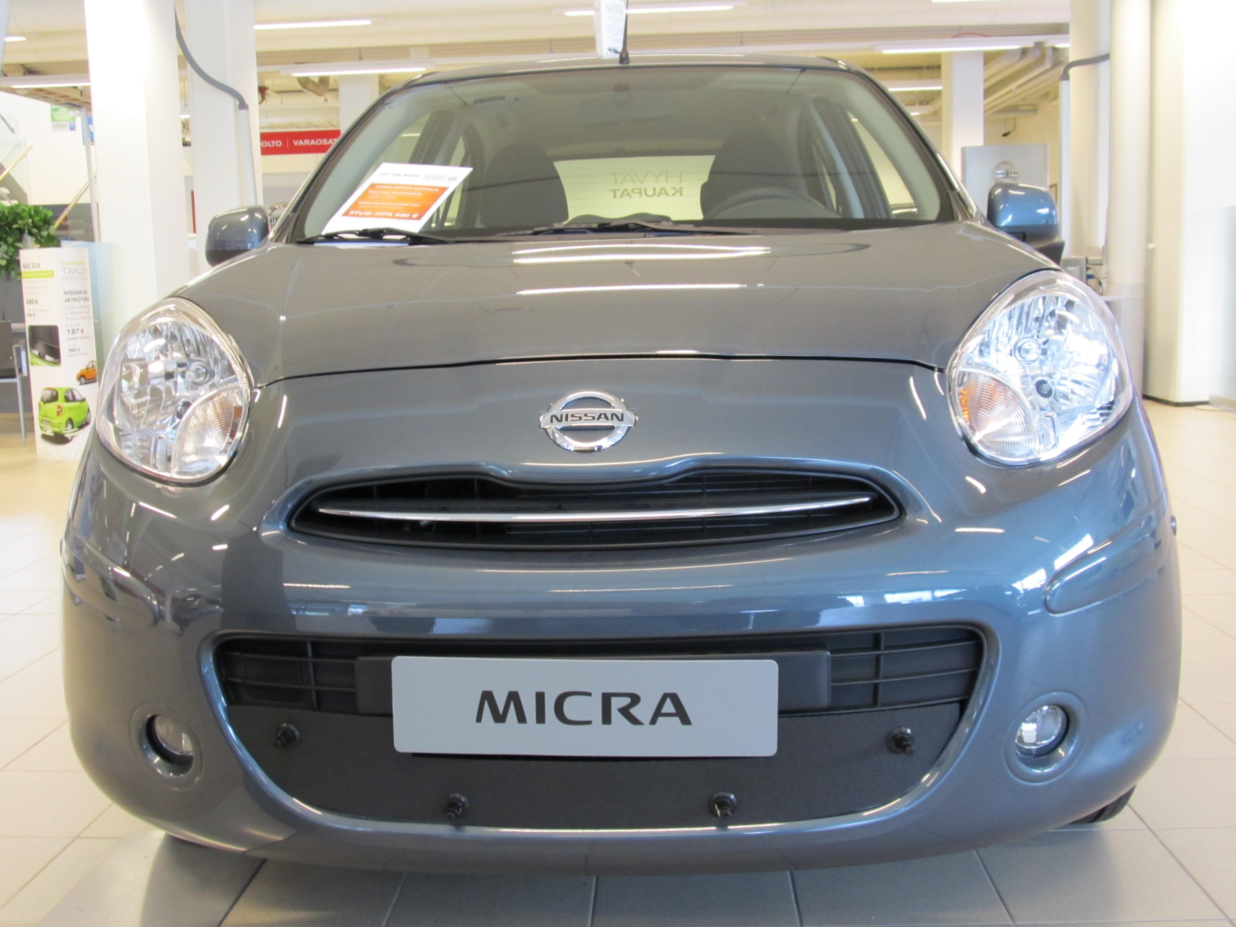 Maskisuoja Nissan Micra 2011-