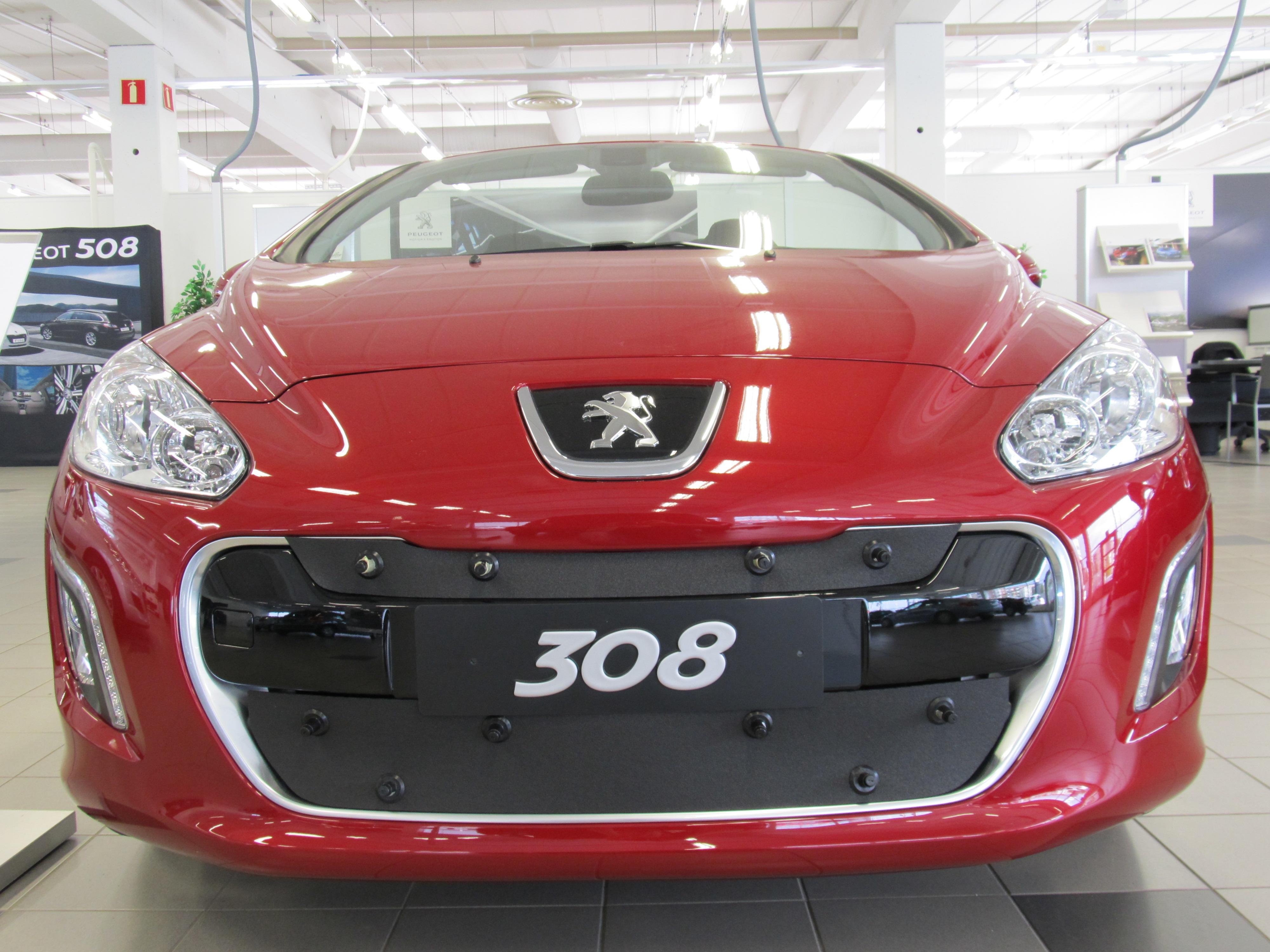 Maskisuoja Peugeot 308