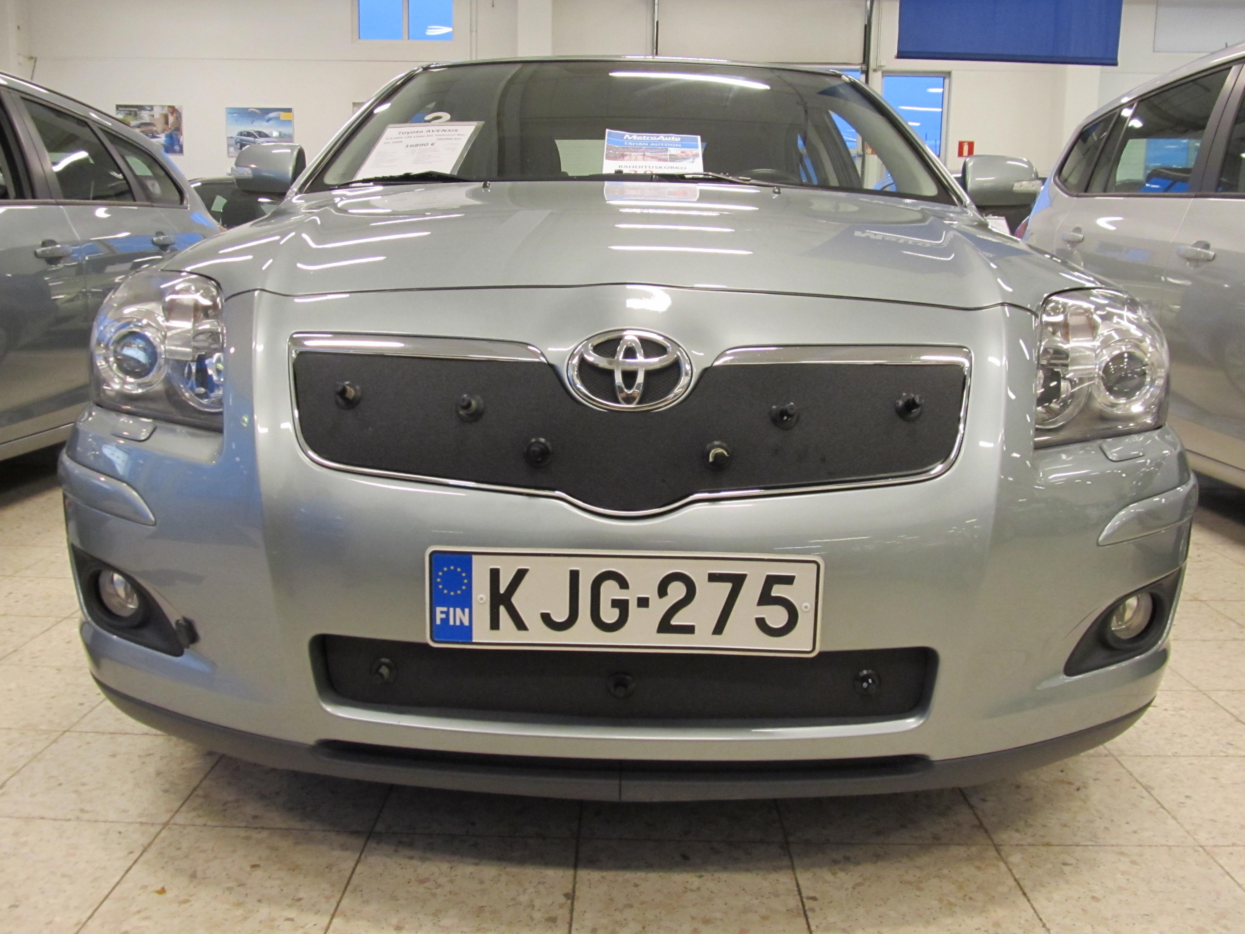 Maskisuoja Toyota Avensis 2004-2006 (Kopio)