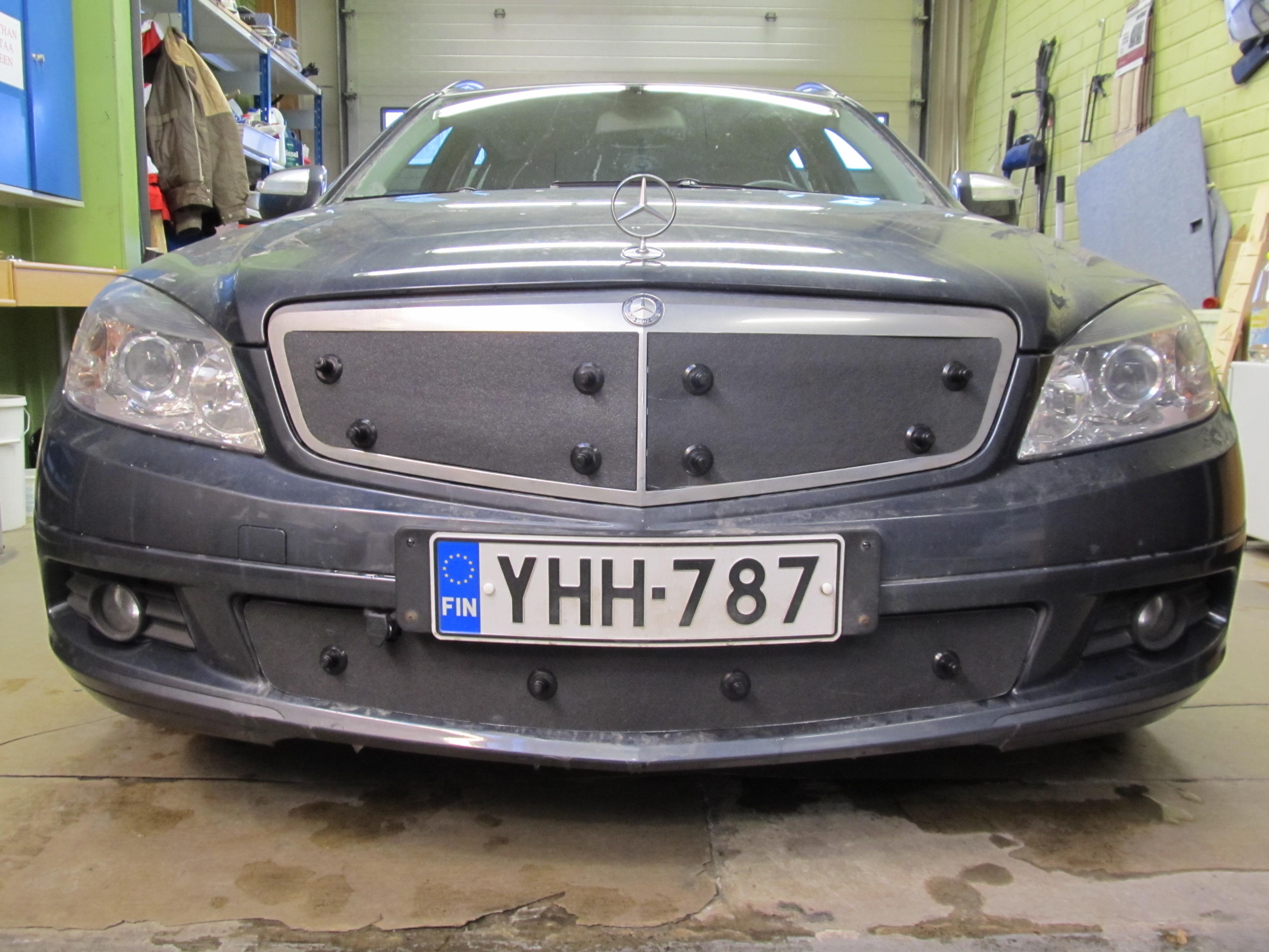 Maskisuoja Mercedes C-sarja Classic/Elegance 2007-2011
