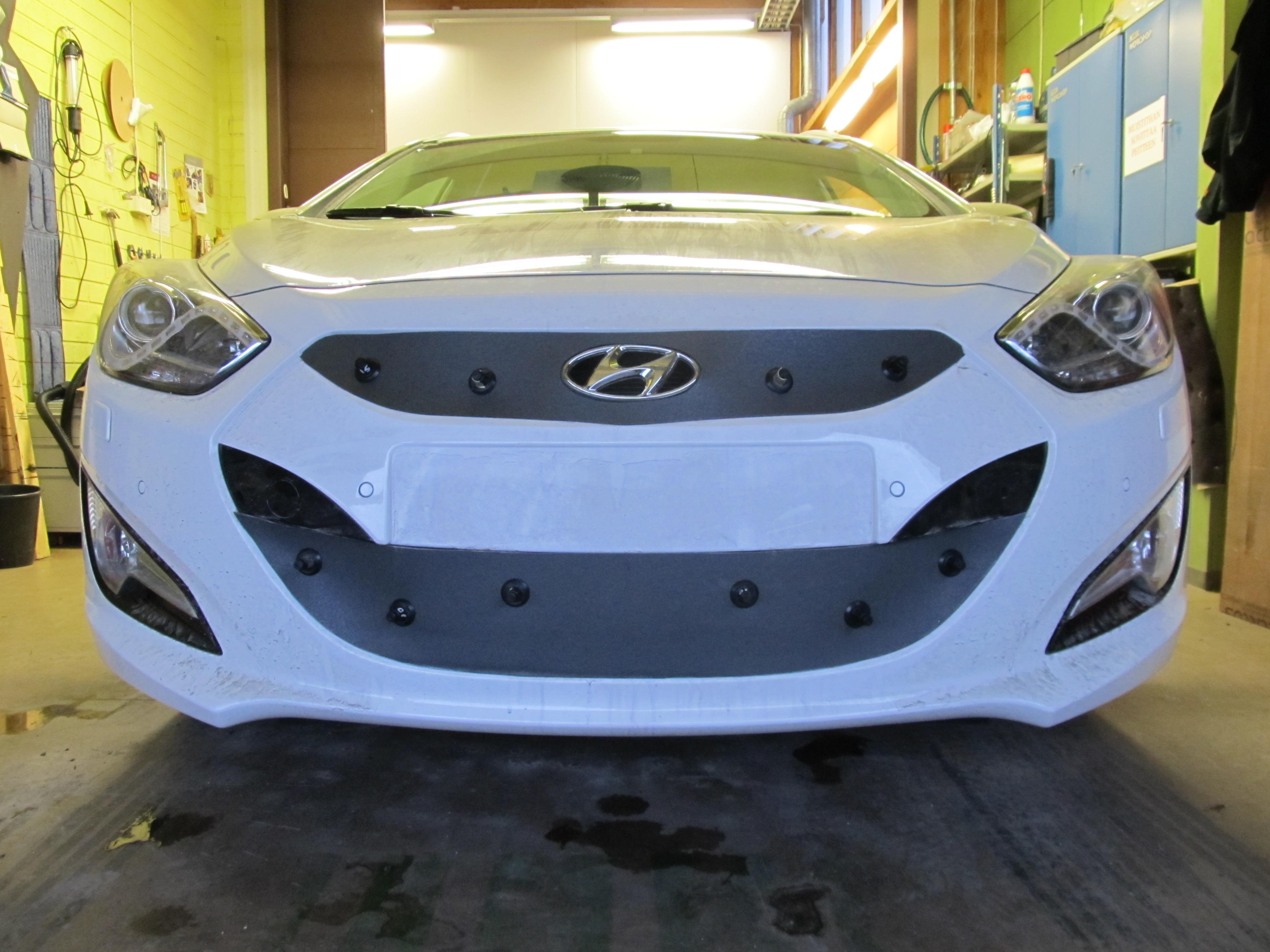 Maskisuoja Hyundai i40 2012-