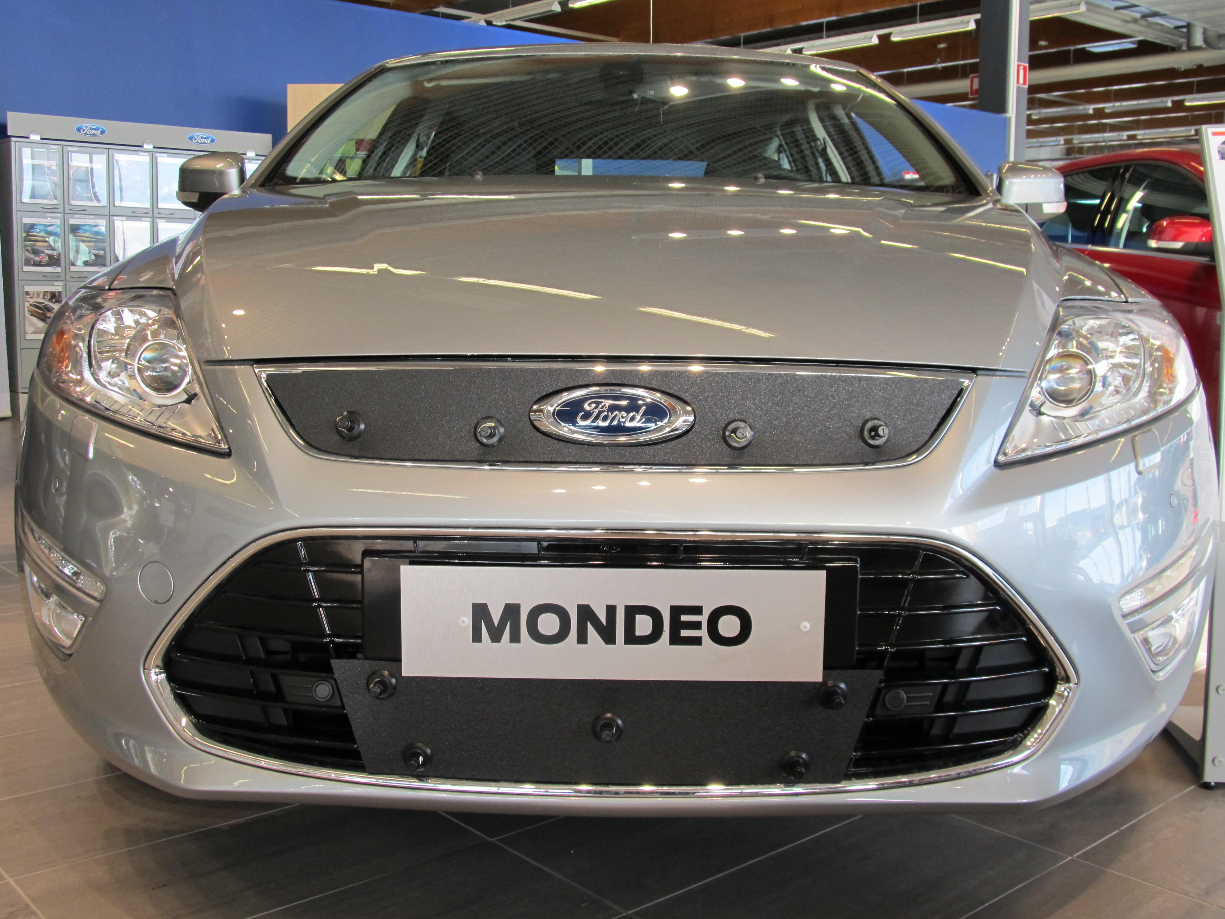 Maskisuoja Ford Mondeo 2013-2014