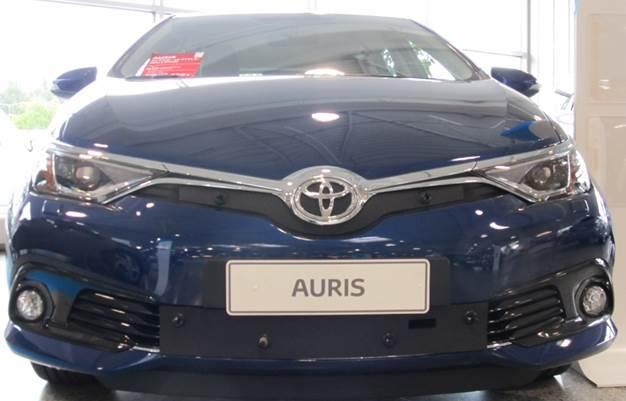 Maskisuoja Toyota Auris 2013-2015 (Kopio)