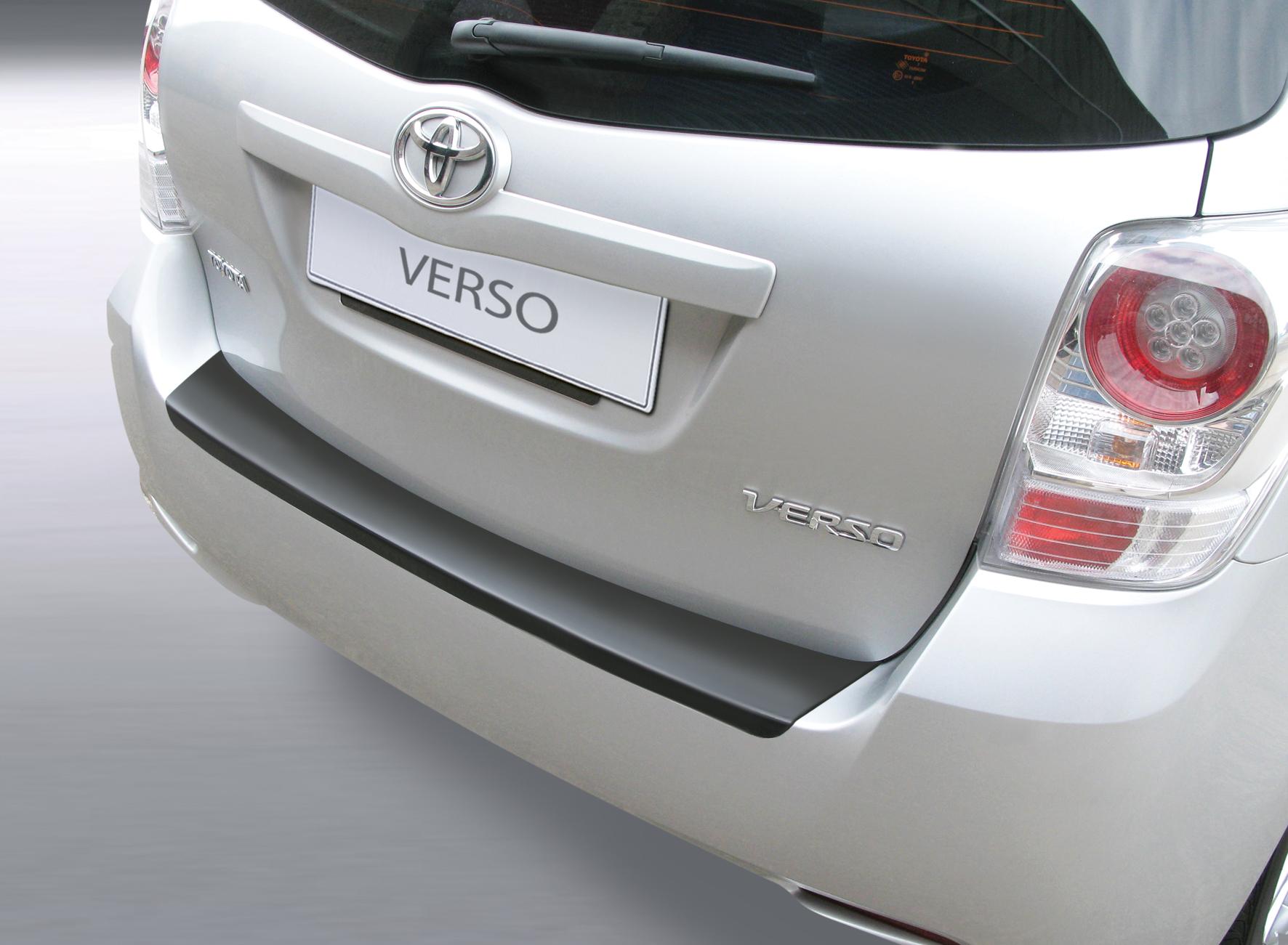 Takapuskurin kolhusuoja Toyota Corolla Verso 4/09-2/13(EI S)