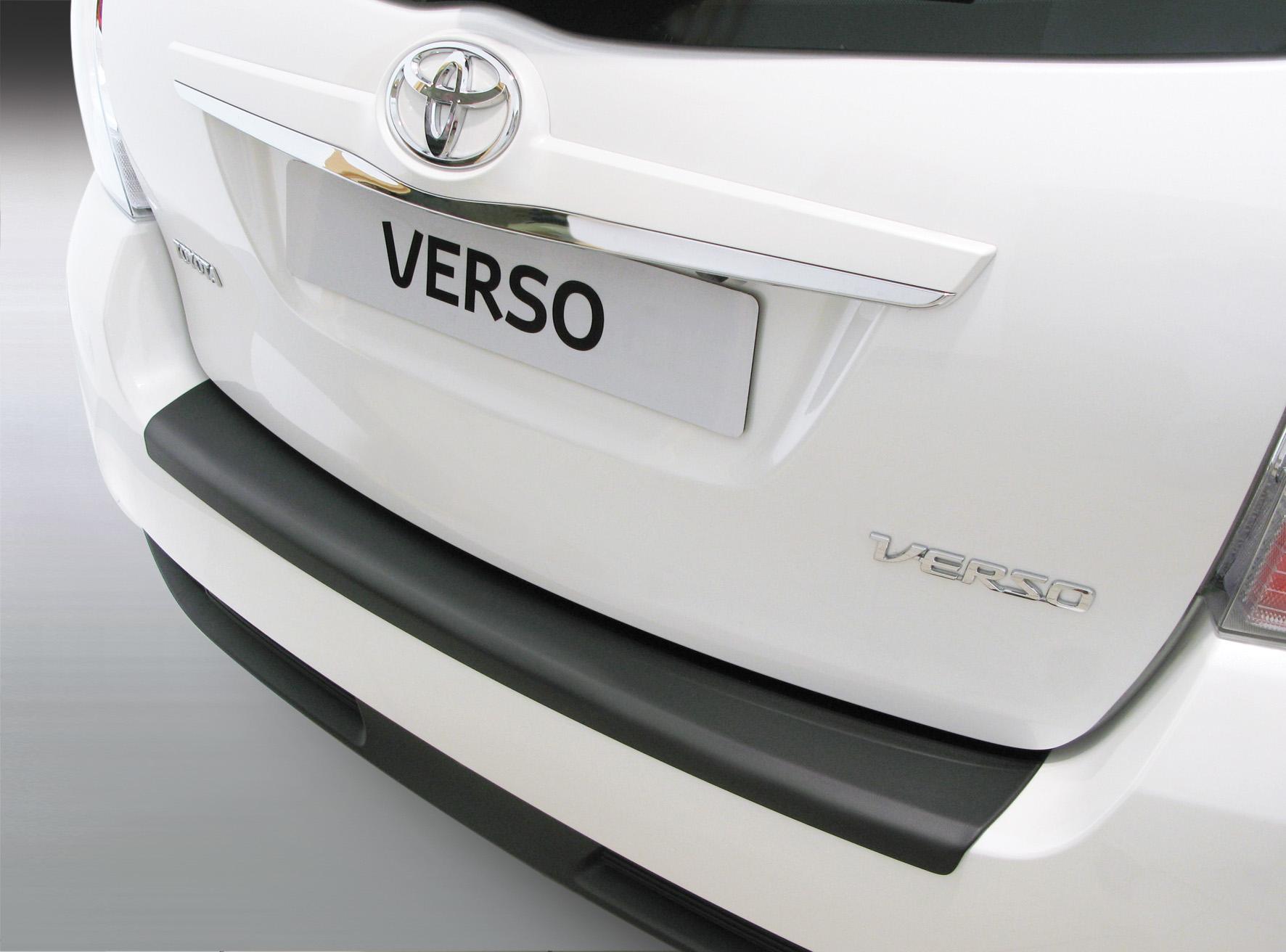 Takapuskurin kolhusuoja Toyota Corolla Verso 3/2013-