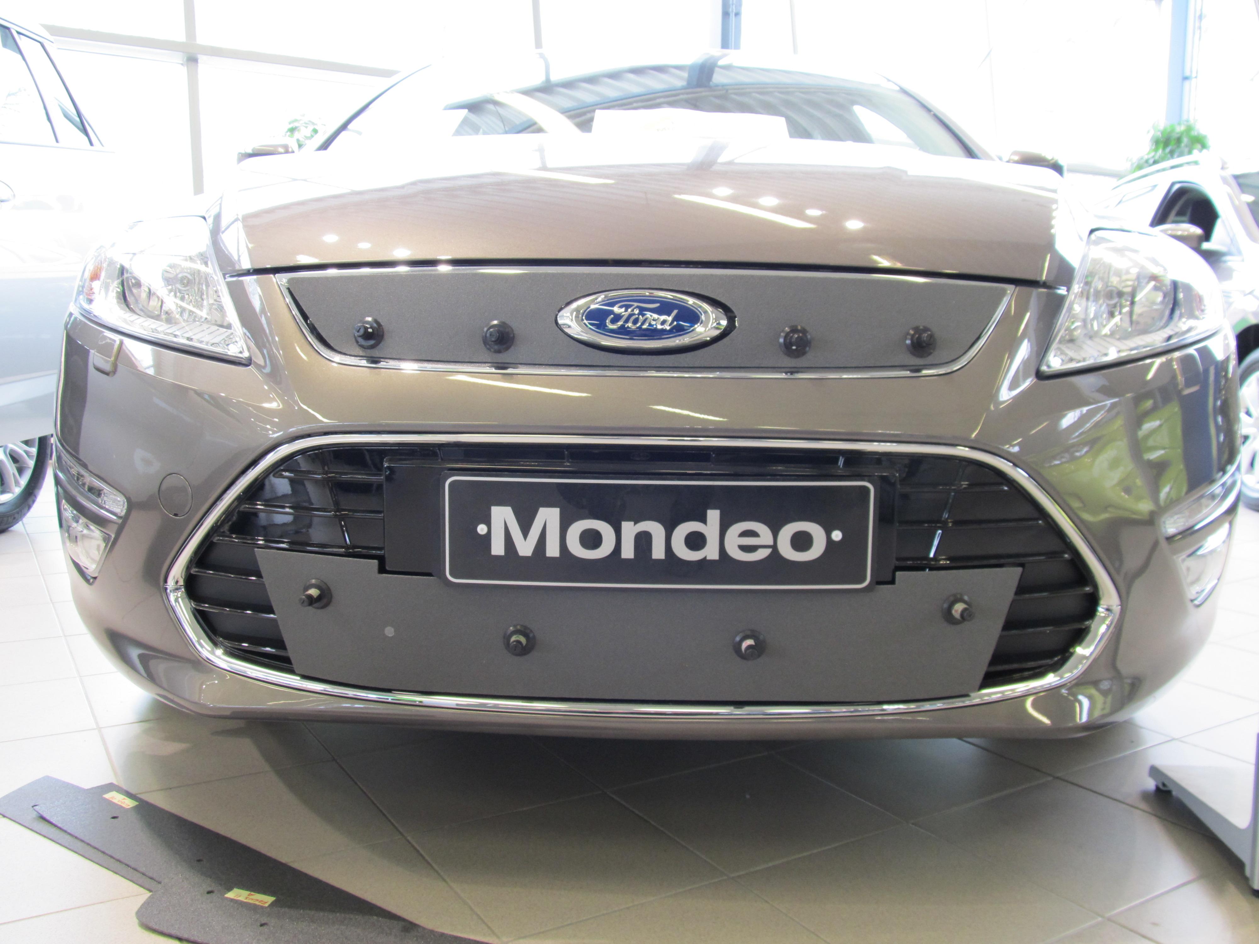 Maskisuoja Ford Mondeo 2010-2012