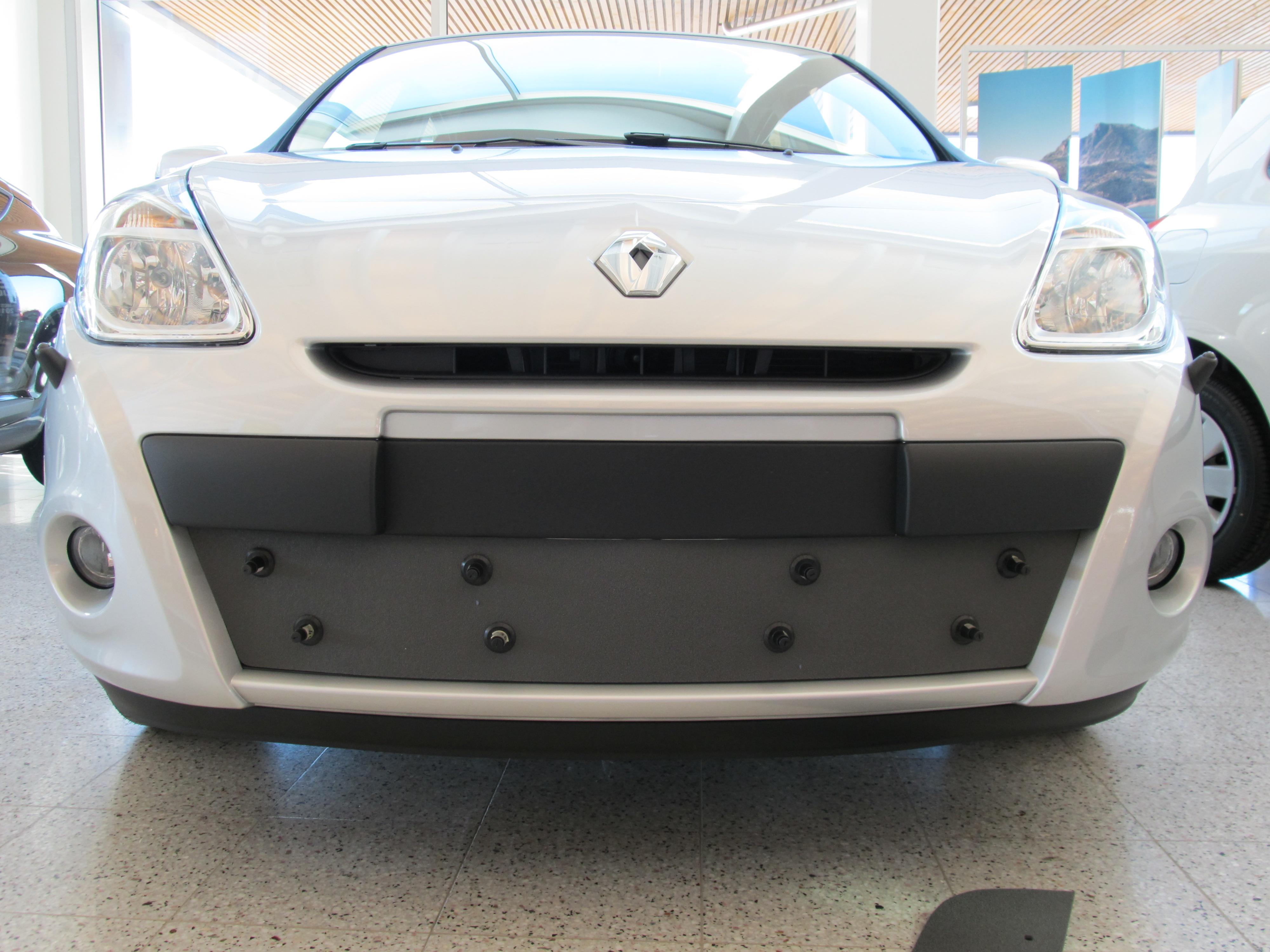 Maskisuoja Renault Clio 2010-