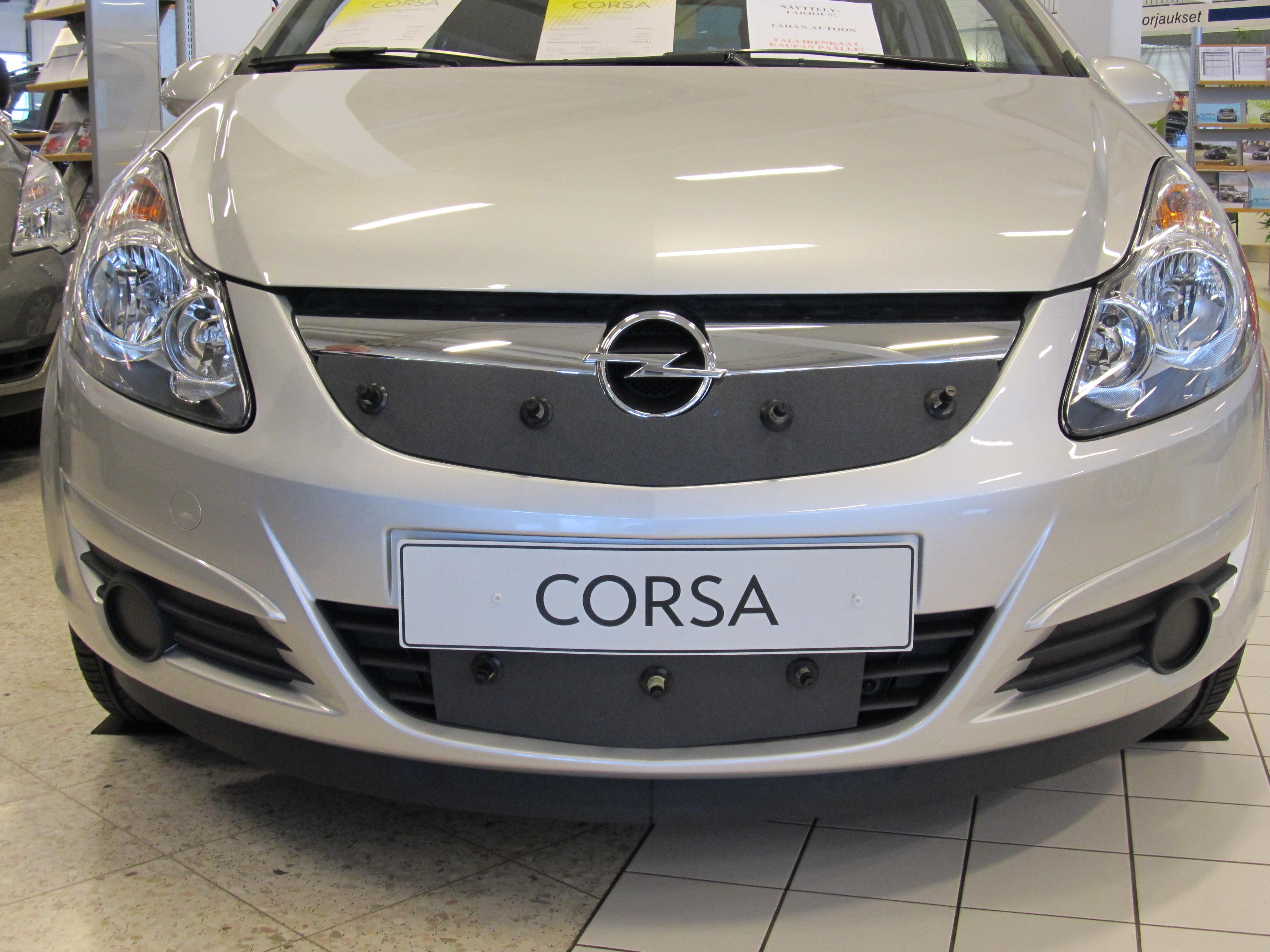 Maskisuoja Opel Corsa 06-09