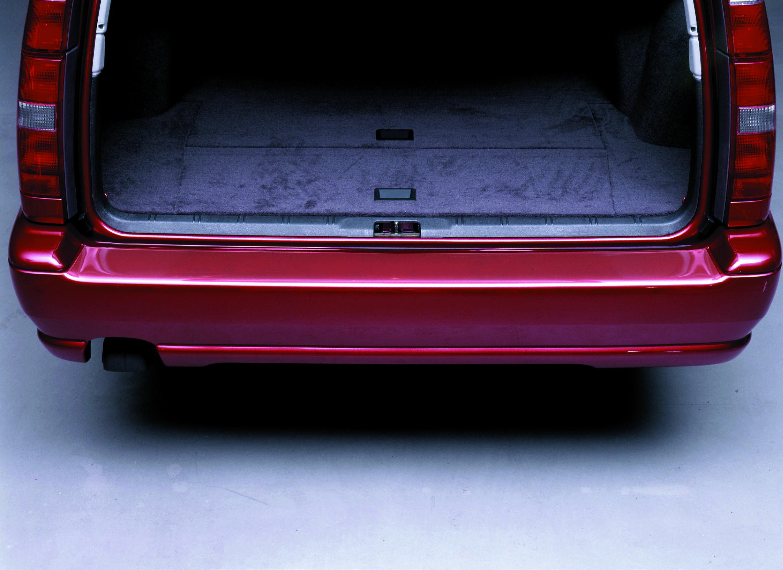 Takapuskurin suojateippi läpinäkyvä 133x13cm yleismalli